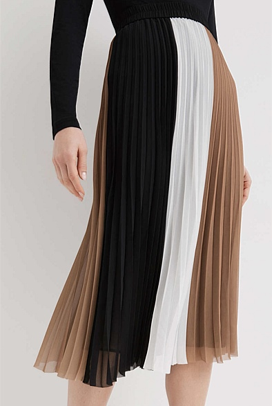 Spliced Pleat Skirt