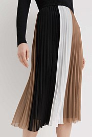 4f920af994d8 Shop Women's Skirts | Afterpay & Free Returns | Witchery AU
