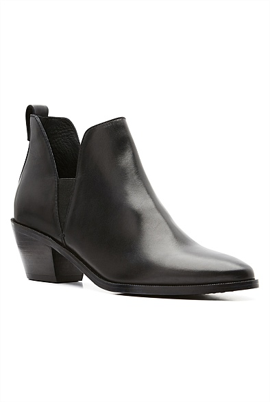 Darcy Boots
